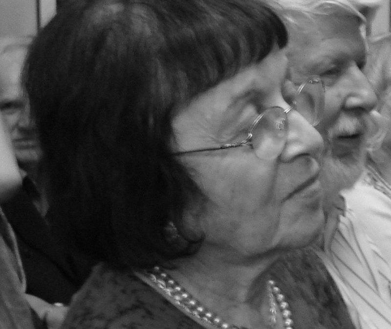 Ireną Veisaitę kalbina Vytautas Ališauskas: Atviros Lietuvos fondui – 10 metų (2000 nr. 11-12)