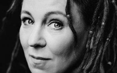 Apie vizijas, realybę ir istorinį romaną: Olgą Tokarczuk kalbina Kristina Sabaliauskaitė (NŽ-A nr. 2)